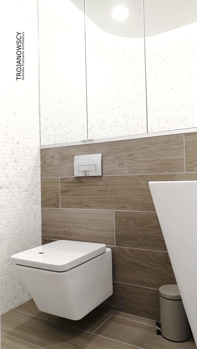 szafka z lustrami w łazience
